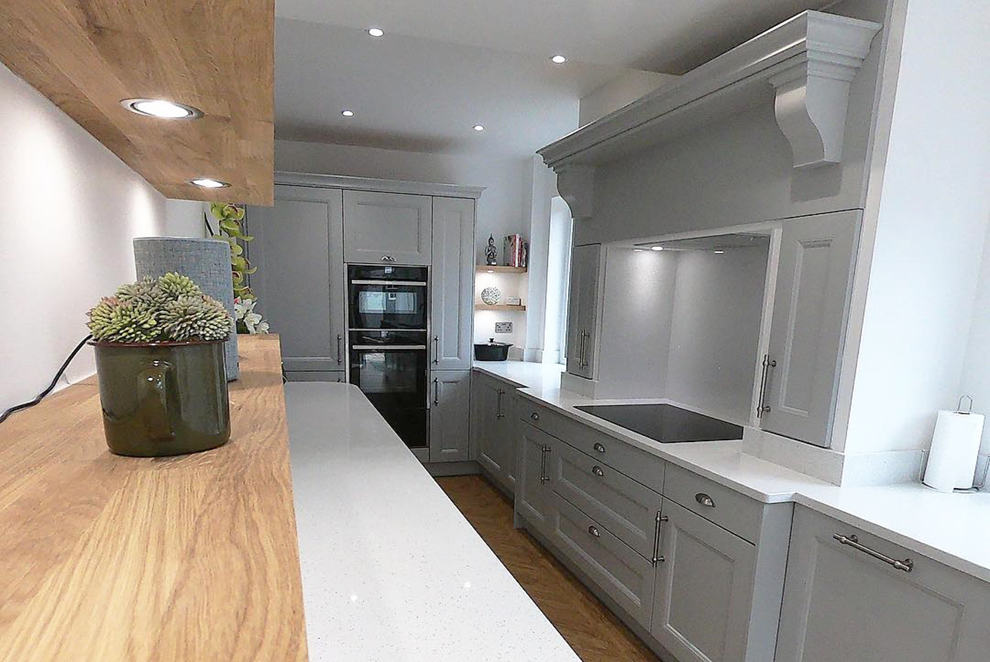 Farringdon-Beaded-First-Impressions-Light-Grey-Kitchen