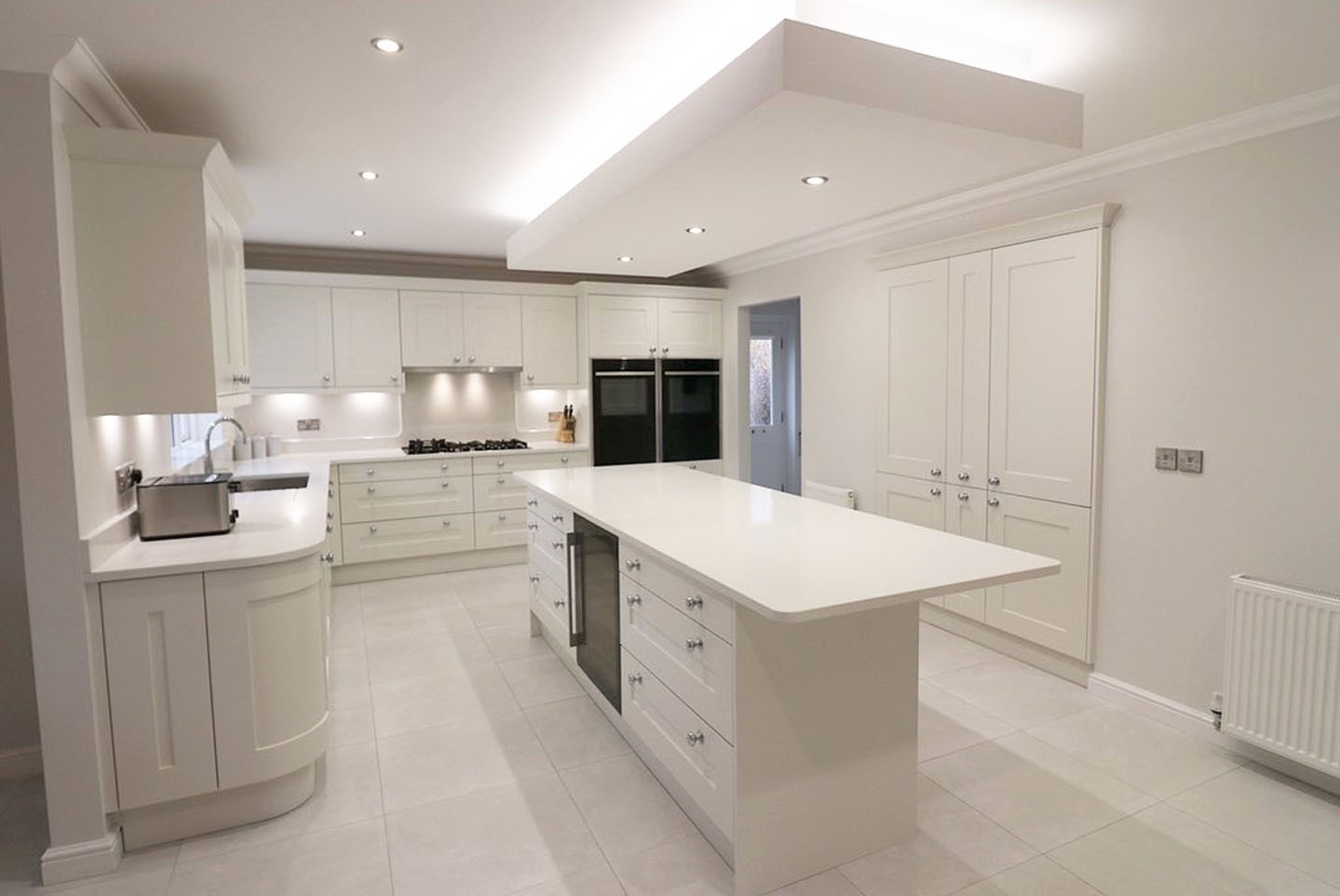 porcelain handless kitchen Liverpool